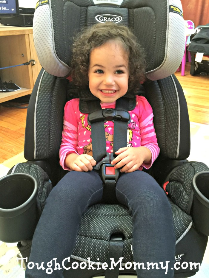 Installing Graco Car Seat In  Ford Edge