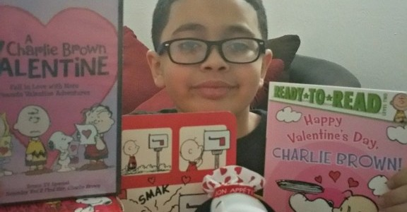 Show Love With Peanuts This Valentine's Day! @Snoopy #Giveaway #Ad