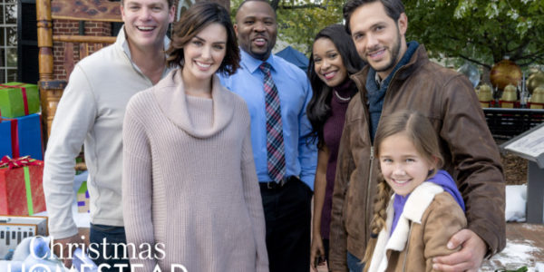"""Watch Hallmark Channel's """"Christmas in Homestead"""" Thanksgiving Day! #CountdowntoChristmas #Ad"""