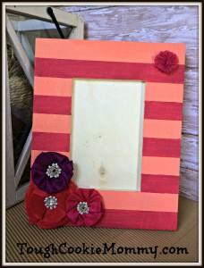 DIY Striped Picture Frame #DIY