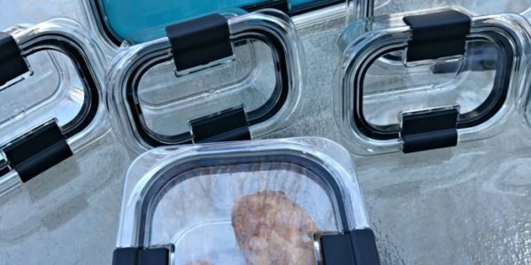 Take Your Food Storage To Another Level! #LockInBrilliance @Rubbermaid #Giveaway #Ad